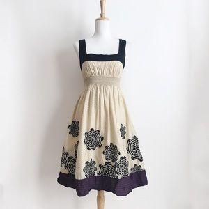 Anthropologie Lithe Smocked Floral Dress Size 8